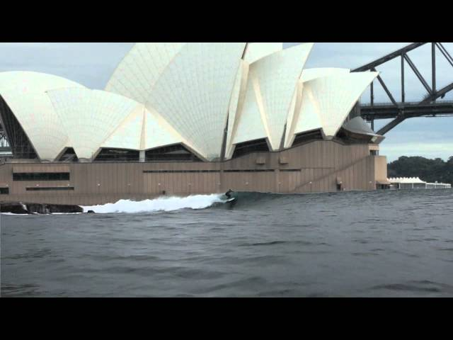 BENNELONG POINT - Surfing Sydney Opera House