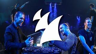 Dimitri Vegas & Like Mike x Armin van Buuren x W&W - Repeat After Me (Live at Tomorrowland 2018)