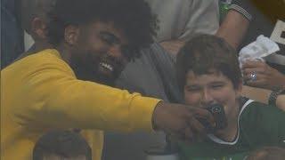 Ezekiel Elliott steals show when boy gets hit by puck at Stanley Cup Playoffs game