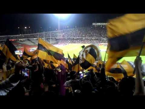 """LA REBEL EN LA FINAL DALE DALE OH 13 DICIEMBRE 2015"" Barra: La Rebel • Club: Pumas"