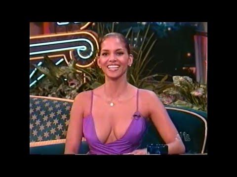 ", title : 'HALLE BERRY - 32 - ""THE"" PURPLE DRESS - INTERVIEW - 1998 - VOB'"