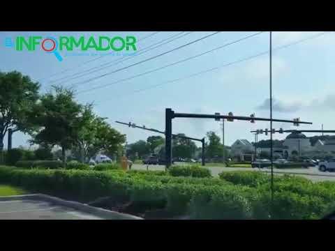 IMPRESIONANTE: Grúa corta cables electricos y tumba un semáforo