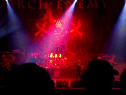 Arch Enemy - Saludo + Revolution Begins (Bogota Colombia)
