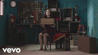 Victoria Bernardi - Vuelan Los Zapatos