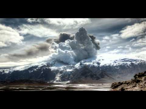 Вулкан Эйяфьятлайокудль снятый при помощ