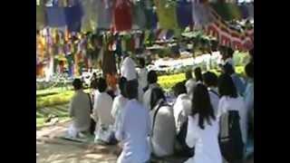 preview picture of video 'Lumbini - Nepal - Local de nascimento do principe Sidharta e o Pilar do Imperador Asoka'