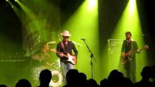 "Doyle Bramhall II & Smokestacks ""Problem Child"" (Poland-Konin 09-11-2012)"