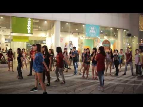[Maxvolume nào !!!] Freezing kết hợp flashmob lần đầu tiên có mặt tại Việt Nam