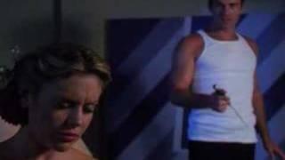 Phoebe vient voir Cole - Extrait