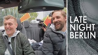 Angeben mit Toni Kroos: Klaas und der Fußballstar unterwegs   Late Night Berlin   ProSieben