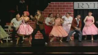 Grease - Shakin' at the High School Hop