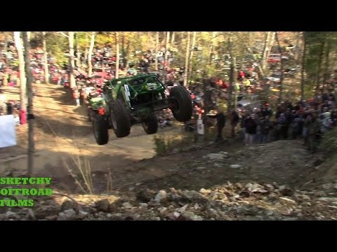 EXTREME OFFROAD JUMP AND CRASH