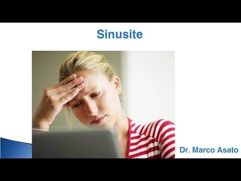 Parte superiore del dolore testa con osteocondrosi cervicale