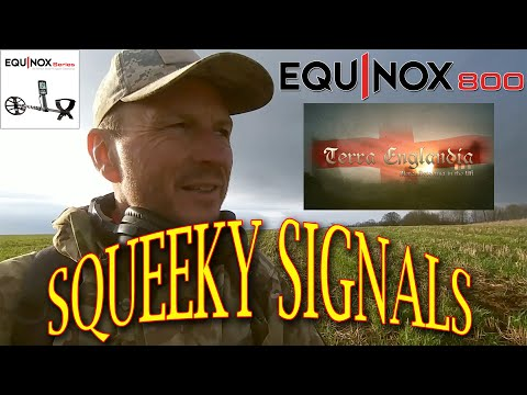 Metal Detecting UK - Squeeky Signals on the hilltops