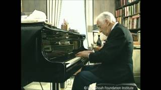 Days of Rememberance: Victor Borge performs a lullaby