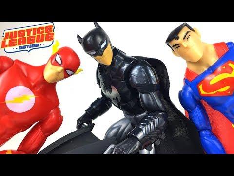 JUSTICE LEAGUE ACTION - BATMAN & TRANSFORMING BATCYCLE THE FLASH THE JOKER UND SUPERMAN UNBOXING