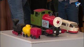 В детском музейном центре открылась выставка, посвященная советским игрушкам