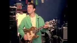 "Chris Isaak - ""Solitary Man"""