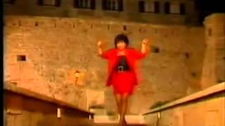 Neda Ukraden - Dragi mi se zeni - (Official Video 1988)