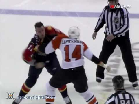 Gregory Campbell vs. Ian Laperriere