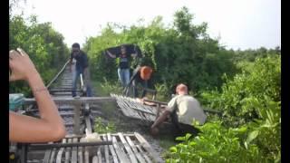 preview picture of video 'Capítulo 3, Battambang. Los 3 mochileros en Asia (Camboya, Laos y Tailandia)'