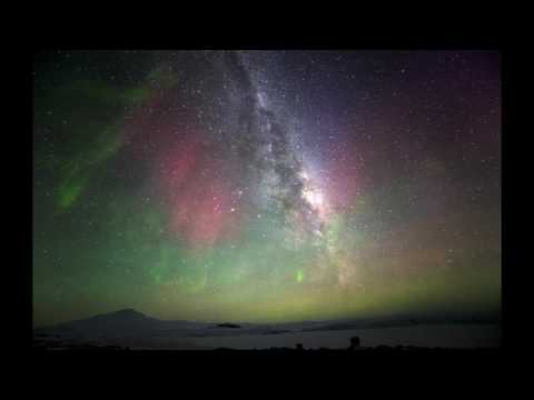 The Time Lapse of Aurora with Milkyway