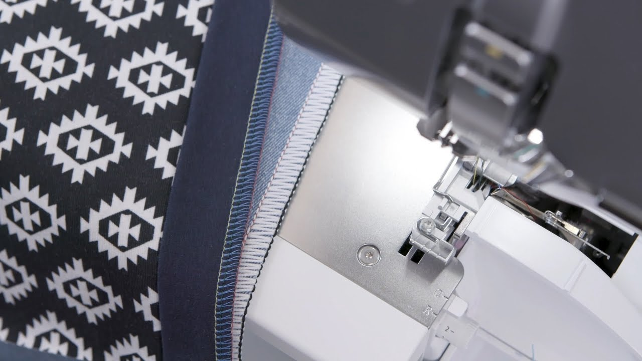 BERNINA L 850 Overlocker/Serger: Stretchy Seams and Neatening Edges with 4- and 3-Thread Overlock