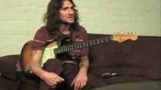 <b>John Frusciante</b> Teaching Different Styles And Soloing