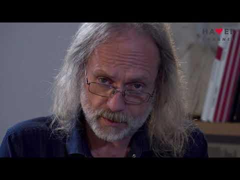 Přehrát video: Středník Petra Hrušky
