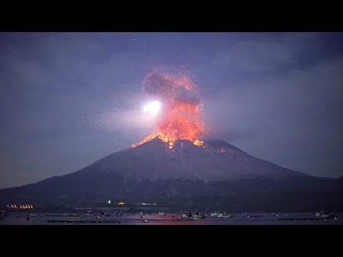 "Incredible footage of ""Explosive eruption of Sakurajima on November 12, 2019."""