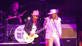 """Hello There & Come On & He's a Whore"" Cheap Trick@Giant Center Hershey, PA 7/15/17"
