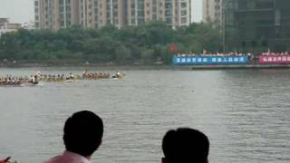 preview picture of video 'Montreal International Dragon Boat Festival at Shanghai September 2009 Final B'