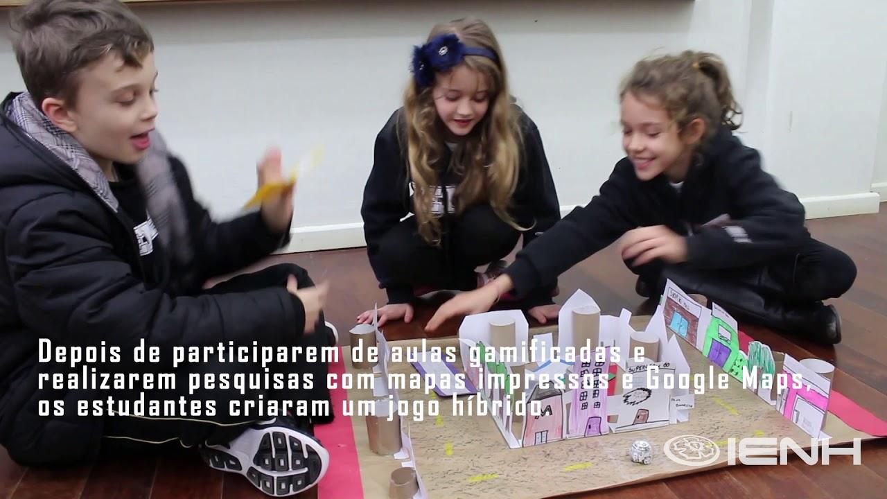 Programação e Língua Inglesa: alunos criam jogo sobre Novo Hamburgo com Ozobot
