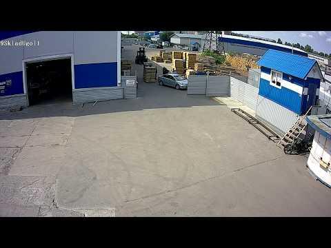 Погрузчик стукнул  Hyundai Solaris