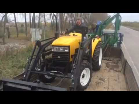 Доставка и выгрузка трактора Jinma одному из заказчиков