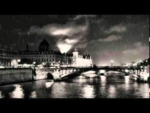 Wezz & Wood: Paris in the Rain