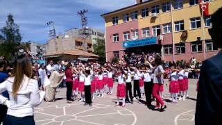 23 nisan gösterisi  viranşehir dumlupınar ilkokulu