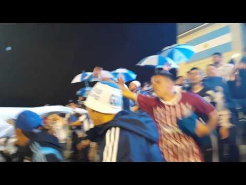 """LA BANDA DEL EXPRESO VS COLON(penúltima fecha 2015"" Barra: La Banda del Expreso • Club: Godoy Cruz"