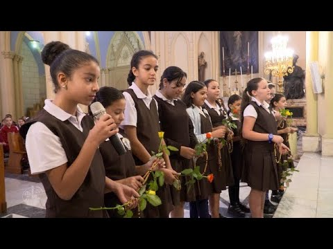 Video: The Children of the Holy Land pray for peace