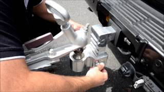 preview picture of video 'Adjusting the Andersen Rapid Hitch by Albury Wodonga RV World'
