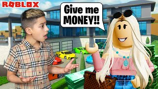 Ferran's Girlfriend Spends All His Money on Roblox Brookhaven!! | Royalty Gaming