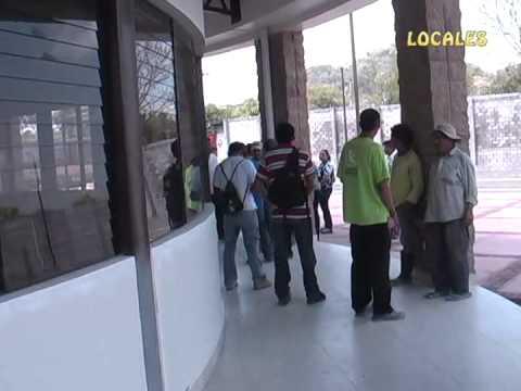 PGR MORAZÁN BRINDA ASISTENCIA A EMPLEADOS DESPEDIDOS DE LA CONSTRUCCIÓN DE CIUDAD MUJER