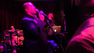 Artful ft Lifford - Please Don't Turn Me On (live at Ballyhoo)