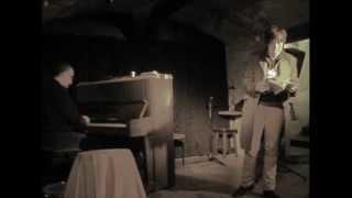 preview picture of video 'Mireia Vidal-Conte presentant 5 cm (la cicatriu) a Sitges'