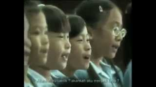 Doris Day - Que Sera Sera / Whatever Will Be, Will Be (cover children's choir in Thailand)