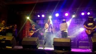 Dhyo Haw-Diskusi Senja (Konser Pemalang Indie Clothing Festival 2015)