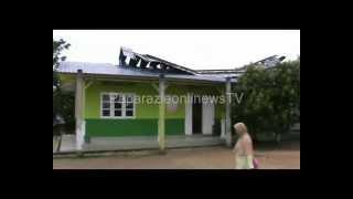 preview picture of video 'Angin Puting Beliung Hantam SD Negeri 003 Tebing Karimun'