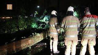 Windhoos richt veel schade aan in Vinkeveen en Wilnis