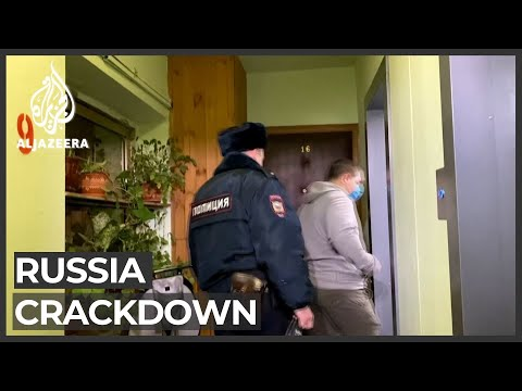 Navalny: Police detain brother, search home ahead of new protests