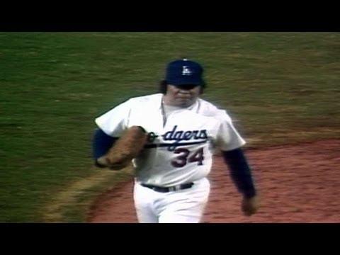1981 WS Gm3: Valenzuela K's Piniella, Dodgers get win